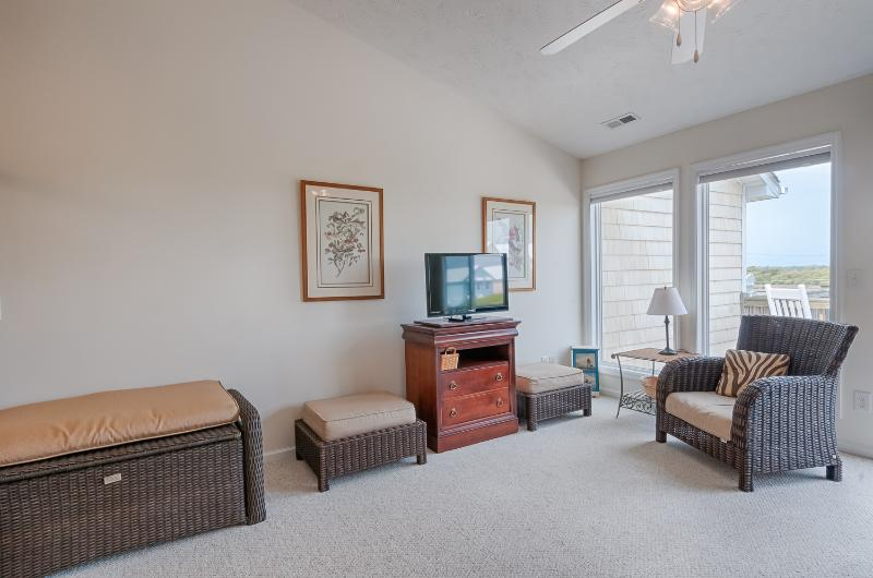 Toes In The Sand - 3 BR, 3 BA Surf City Townhome - Image 1 - Surf City - rentals