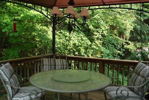 Large deck overlooking creek - Park Model with huge deck overlooking creek - Saugatuck - rentals