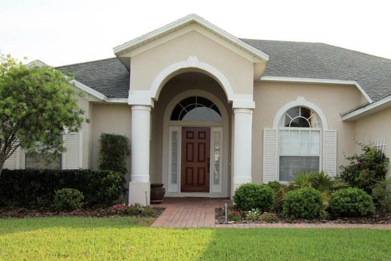 Luxury Pool Villa in Tuscan Ridge, near to Orlando attraction and golf courses - Luxury 4BR Pool/Spa Villa near Disney / Golf - Davenport - rentals