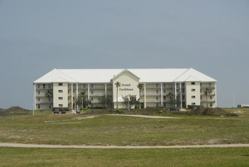 The Grand Caribbean - On the Beach 2 bedroom condo in Port Aransas - Port Aransas - rentals