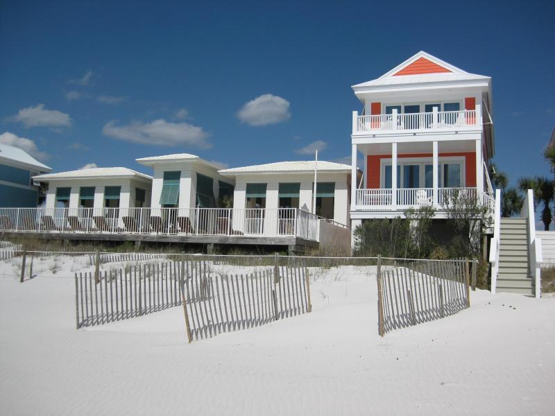 Fairview cottage beach view with pool complex to left of the cottage - YES, IT'S RIGHT ON THE BEACH! Available 8/23-8/28, 9/1 & 9/2, 9/9-20, 9/24-27, 10/25-11/22, Thanksgiving, Christmas!!! - Carillon Beach - rentals
