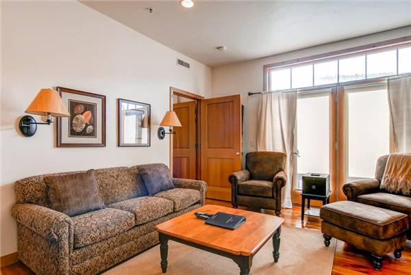LIFT LODGE 201 A (1 BEDROOM) - Image 1 - Park City - rentals