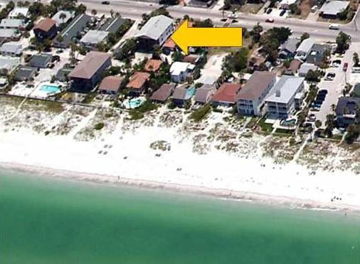 "STEPS to beach!!! - Beachside Condo 3BR/1.5BA ""Ship A Hoey"" PETS OK - Indian Rocks Beach - rentals"