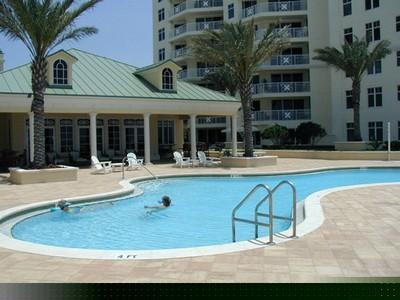 Mandalay Beach Clubhouse and Pool - Clearwater Beach - Gulf Front - Clearwater Beach - rentals