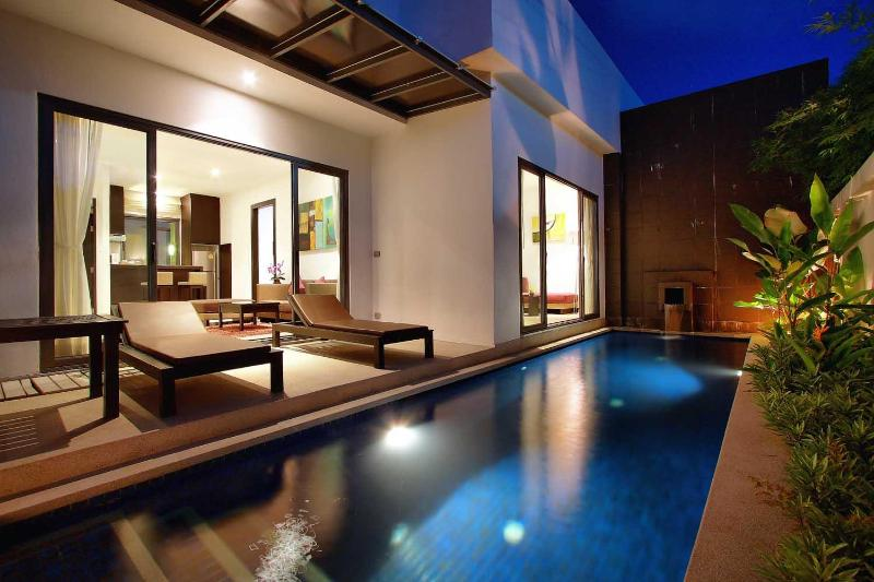 Your own pool with complete privacy. No one can see in or out!  - ROMANTIC Pool Villa (LUXURY) - Bang Tao Beach area - Bang Tao - rentals
