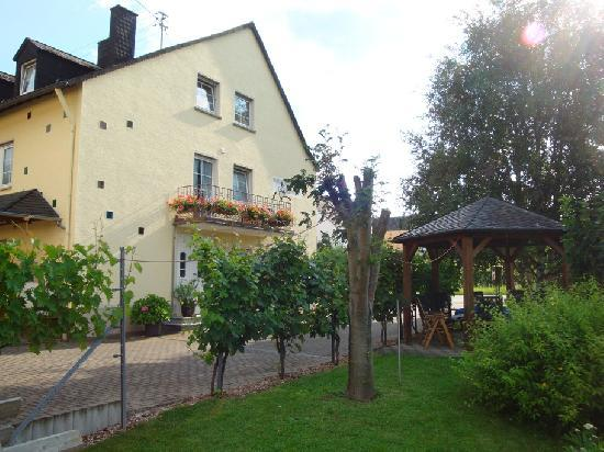 Vacation Apartment in Trittenheim - 915 sqft, wine culture,  warm (# 2909) #2909 - Vacation Apartment in Trittenheim - 915 sqft, wine culture,  warm (# 2909) - Trittenheim - rentals