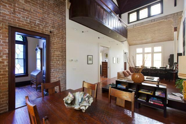 Very nicely appointed with everything needed beyond what personal items you wish to bring. - The Front Loft at Sanctuary Inn - Savannah - rentals