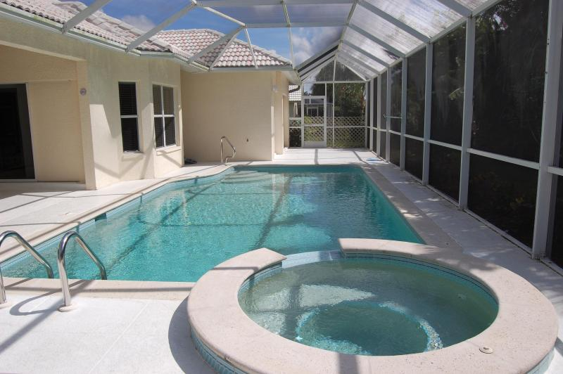 Private Pool and Spa south facing - Pool /Spa Home  Minutes To Naples & Bonita Beaches - Bonita Springs - rentals