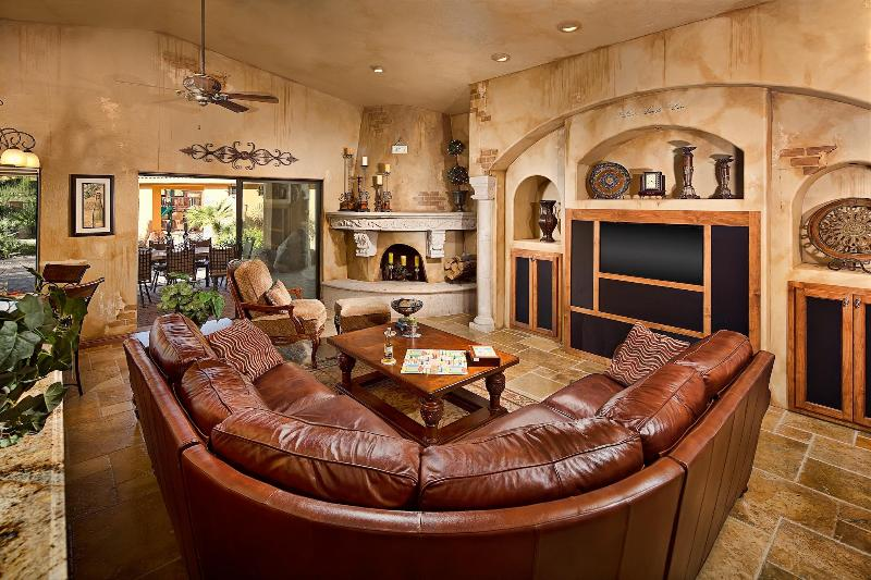 Spacious Warm Interior  - Experience Arizona to its Fullest! Luxury Estate! - Fountain Hills - rentals