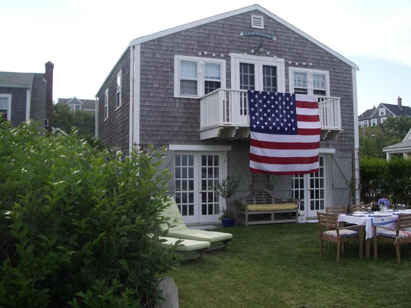 Exterior facade - 'Sconset direct waterfront beach cottage - Siasconset - rentals