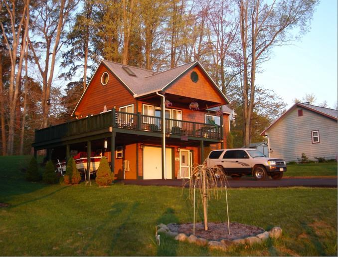 151 Overlook Drive - Chautauqua Lake Vacation Home. - Mayville - rentals