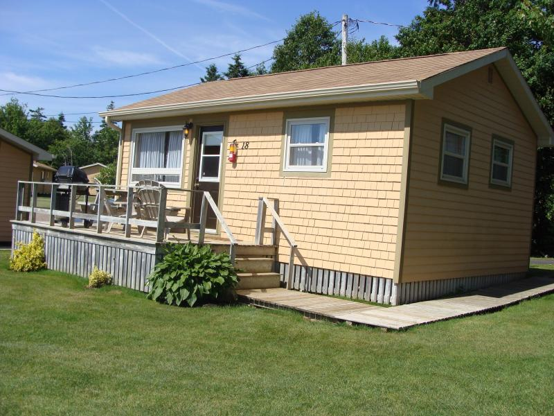 Cavendish Maples One Bedroom Cottages in PEI - Image 1 - Cavendish - rentals