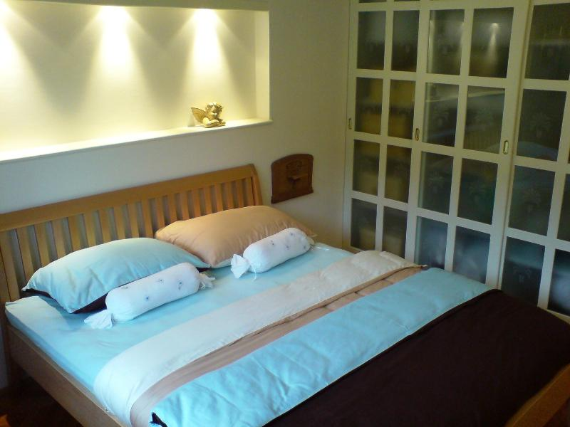 Lovely decorated Bedroom - Bell Rooms Your home away from home - Ljubljana - rentals