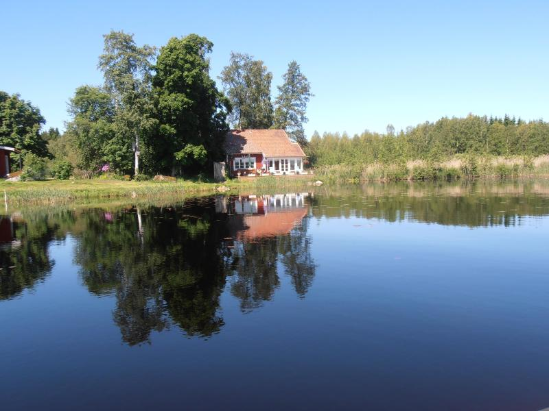 From the lake - Lakeside Villa beautifully situated Uppland Sweden - Uppland - rentals