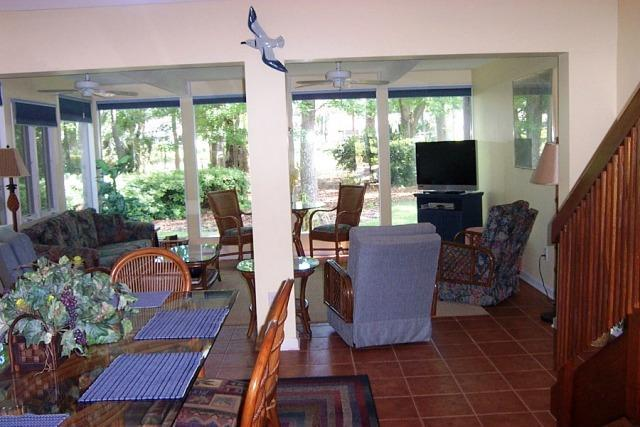 Living areas - 10,Seapines,5/min walk beach,wifi,bikes,Golf disc - Sea Pines - rentals