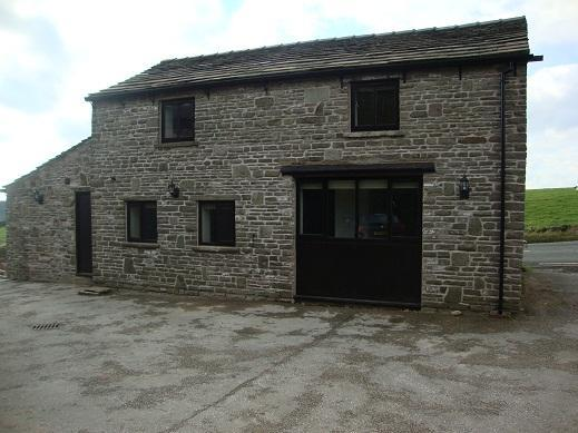 Blackrock Barn, 3 Bed -Peakdistrict National Park - Image 1 - Rainow - rentals
