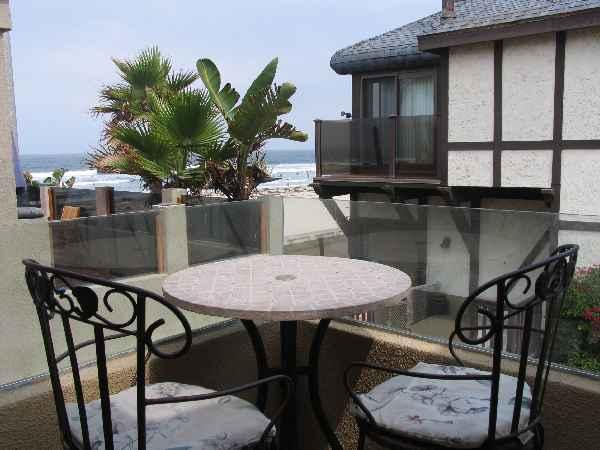 Balcony - 2nd floor balcony off the living room. - Pacific View - San Diego - rentals