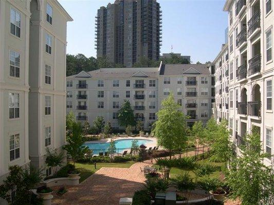 Prime Buckhead Location, walking distance to Phipps/Lenox, Marta, Publix and more!  - Prime Buckhead Location - Walk to Lenox/Phipps! - Atlanta - rentals