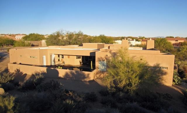 Exterior W/Pool Facing Afternoon Sun  - Spacious Contemporary with Privacy, Heated Pool Nestled in the N. Scottsdale Mountain Foothills - Scottsdale - rentals