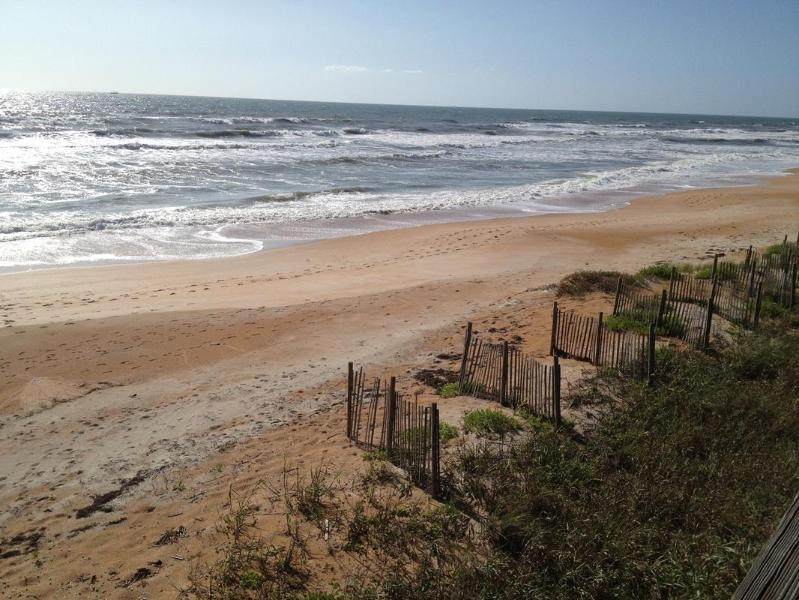 the beach at the end of the street - Sandy Trails Beach Cottage - Ormond Beach - rentals