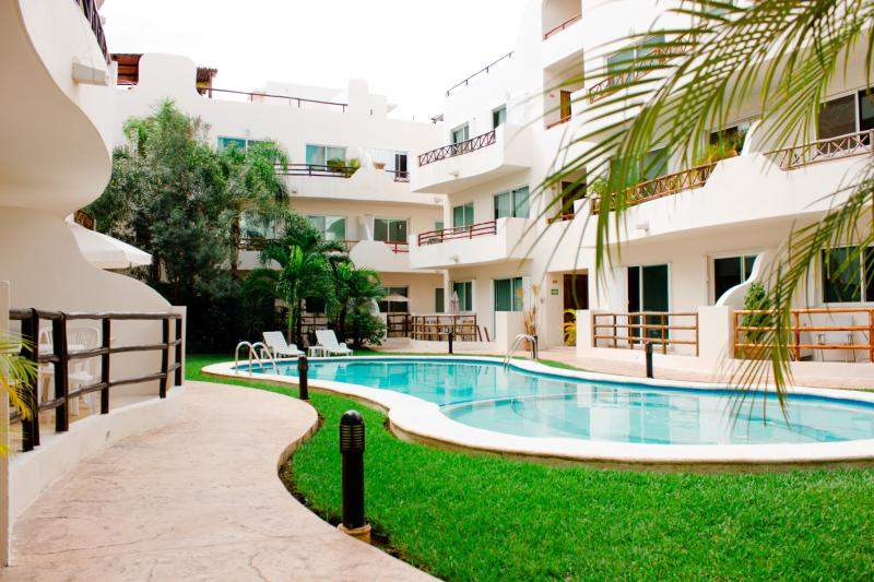 Our pool - Walk to Beach, Great Pool, Internet, Sleeps 6 - Playa del Carmen - rentals