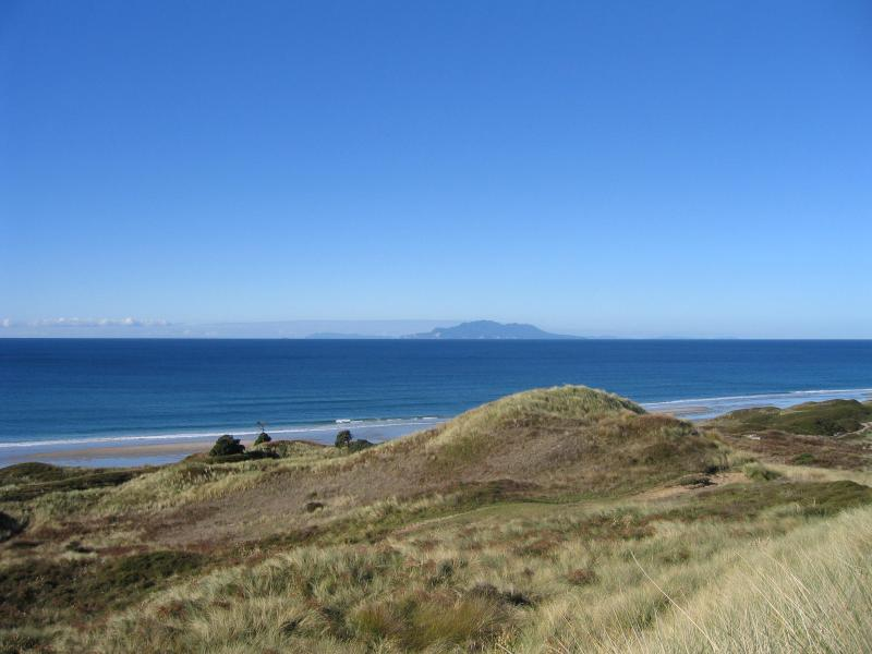View to Little Barrier Island - Ngapeka 4 brm Beach House Pakiri Beach New Zealand - Warkworth - rentals
