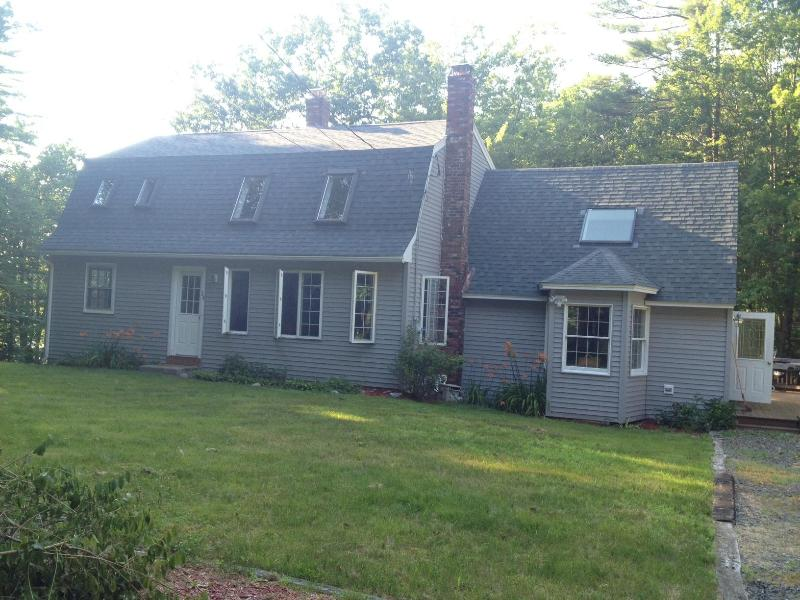 Exterior front - 4 bed/2 Bath Windham waterfront, 15 mi to Portland - Windham - rentals