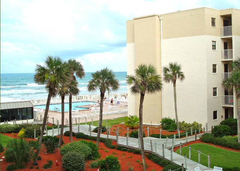 View from our condo. - Oceanview 1 Bedroom Condo: GREAT VIEW, GREAT RATES - New Smyrna Beach - rentals