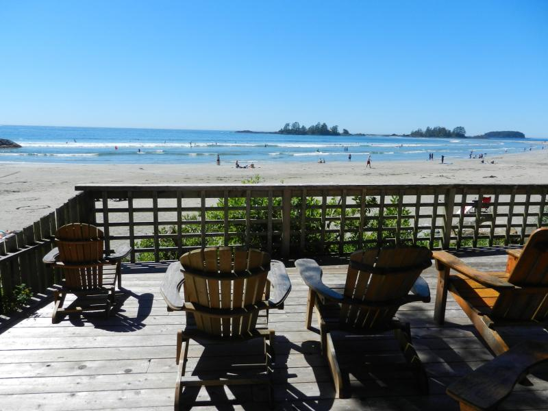 Cathies Cottage's private viewing deck - Cathies Cottage  - Beachfront  Vacation Home - Tofino - rentals