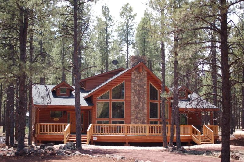 Front view - Bearly-A-Cabin Luxury @ Grand Canyon / Flagstaff - Grand Canyon - rentals