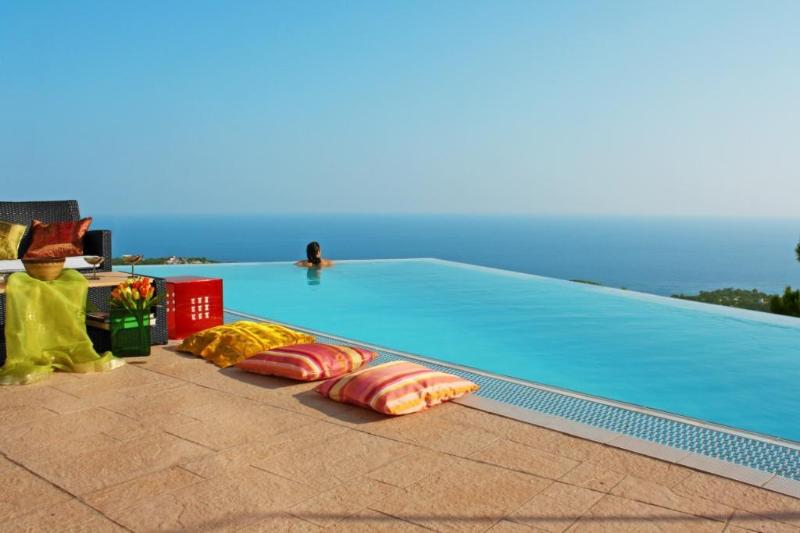 Superb luxury villa for your dream holiday: Anais - Image 1 - Alton - rentals