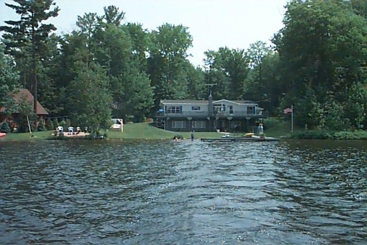 Lakefront view - 4 bedroom delux home lakefront  Munising, Michigan - Munising - rentals