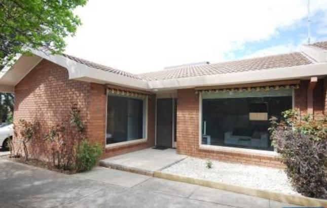 Neat clean and perfect get away - apt 4 - Lake Apartments (2 bed) Townhouses (3bed, 2 bath) - Ballarat - rentals