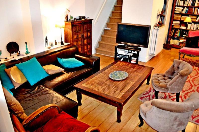 Unique 5 BR townhouse for 8/9 - P13 - Image 1 - Paris - rentals