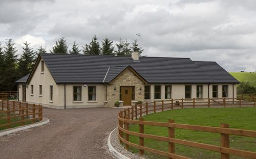 Lakeside Cottage - Lakeside Cottage- sleeps 8 in tranquil setting. - Omagh - rentals