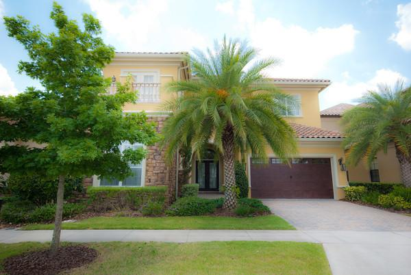Magnificent 5 bed home in Orlando's no.1 resort! - Image 1 - Kissimmee - rentals
