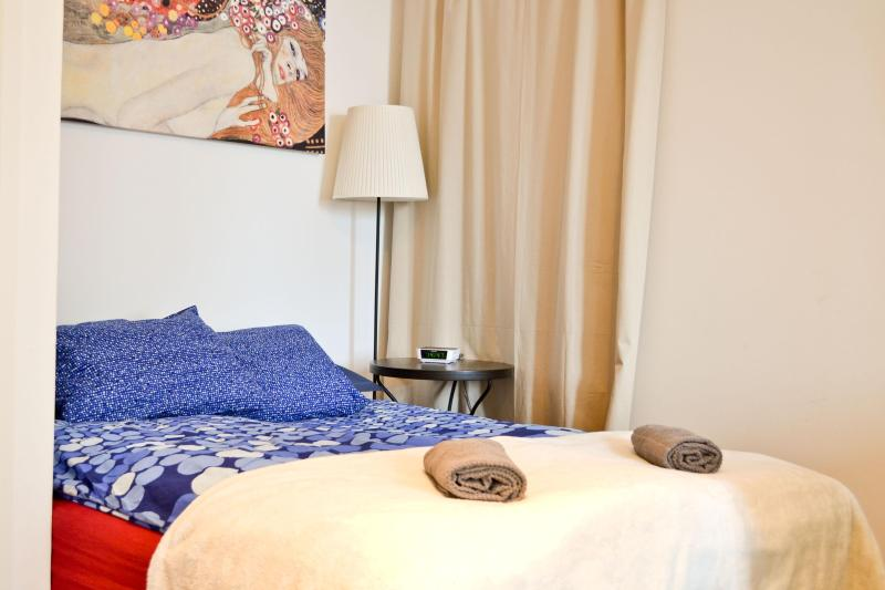 bed linen and fresh towels for you - BEST PRICE NOW- Central Studio,Naschmarkt,Oper - Vienna City Center - rentals