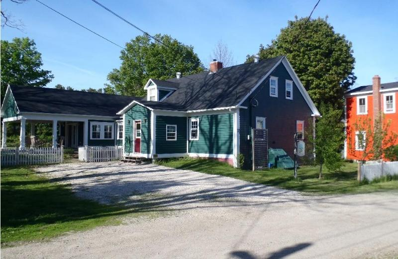 exterior shot - Pear Tree Cottage, Historic Property in Mahone Bay - Mahone Bay - rentals