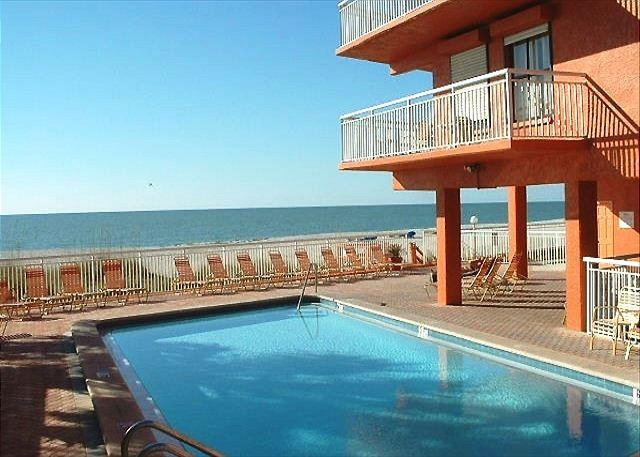 Chateaux Condominium 405 - Image 1 - Indian Shores - rentals