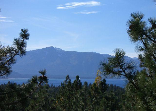 Lake Tahoe style townhome located in Lake Village resort - Image 1 - Stateline - rentals