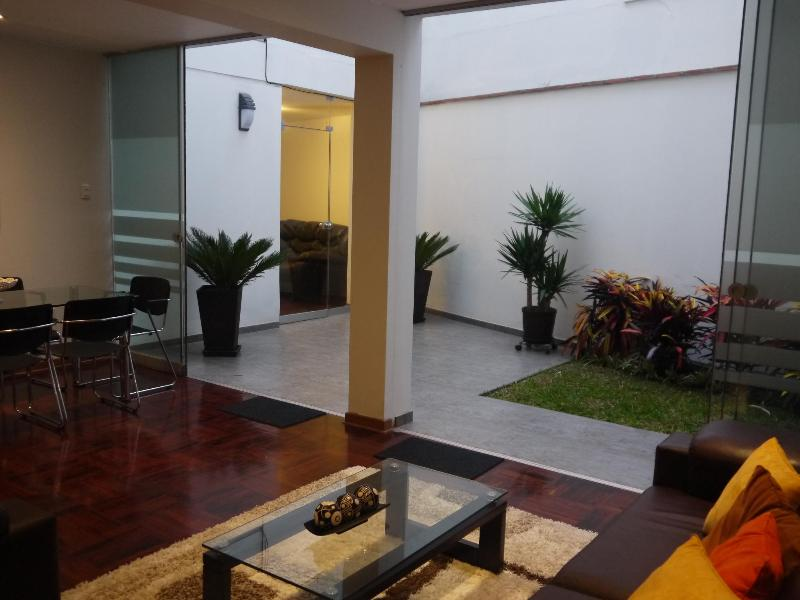 Living & Dinning room with access to garden - MIRAFLORES  NEAR LARCO MAR  2 BEDROOM APARTMENT - Lima - rentals