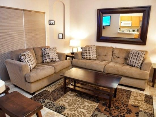 Living Area - RP4T345LMS 4BR Town Home Well-fitted And Spacious - Davenport - rentals