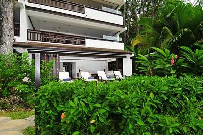 Coral Cove 1 at Paynes Bay, Barbados - Beachfront, Lush Gardens, Close To Restaurants And Entertainment - Image 1 - Saint James - rentals
