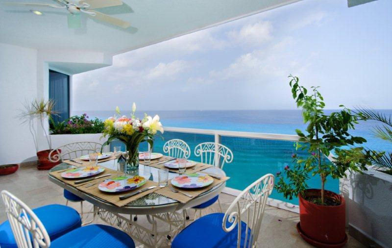 Beautiful.... Puesta del Sol 5 North. - Image 1 - Cozumel - rentals