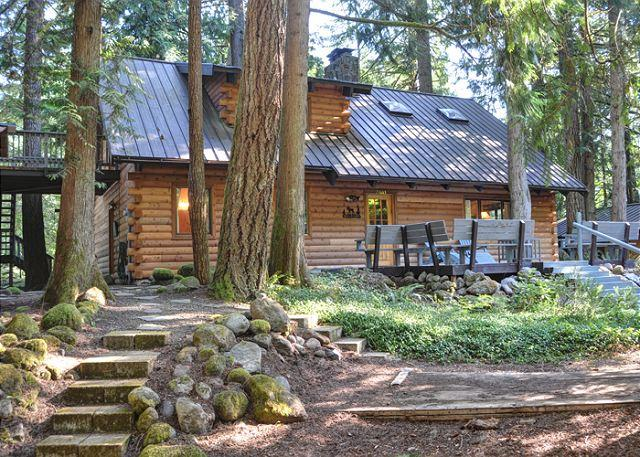 Sandy River Cabin - Fireplace, Pool Table, Dogs OK - Image 1 - Mount Hood - rentals