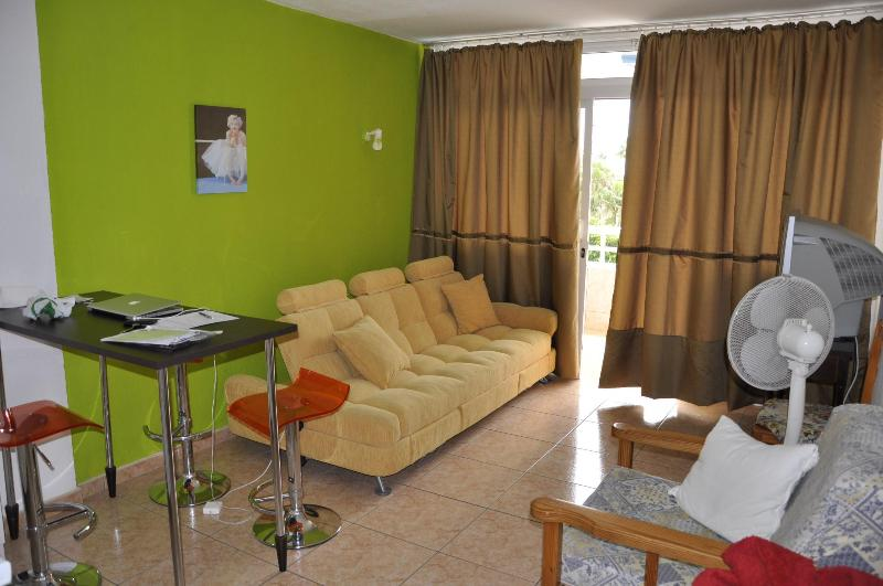 Modern 1 bedroom apartment Teneguia - Image 1 - Playa del Ingles - rentals