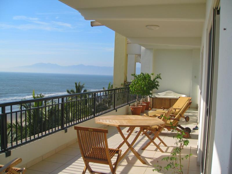 Wrap Around Balcony - NEW!  Luxury Ocean Front Condo!  Amazing View!!! - Nuevo Vallarta - rentals