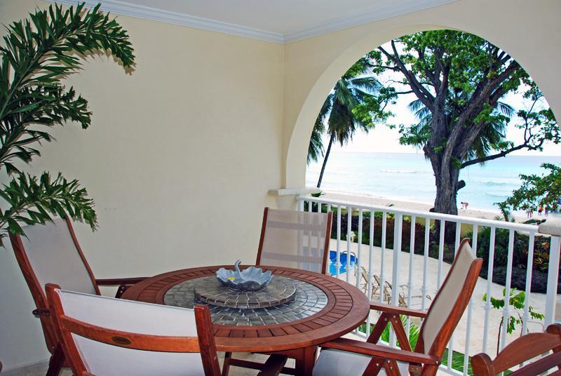 Relaxing outdoor dining - Sapphire Beach 109: Step onto the Pooldeck - Christ Church - rentals