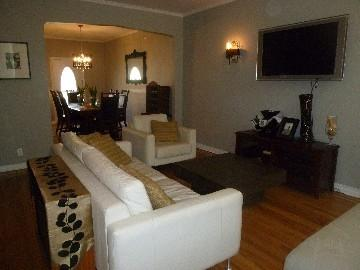 Living Room - Traditional and Modern Elegance - Queens - rentals