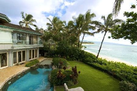 Gated Sunset Beach on secluded beachfront location with pool & ensuite - Image 1 - Haleiwa - rentals